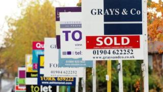 , UK house price growth low for a year, says Nationwide, Saubio Making Wealth