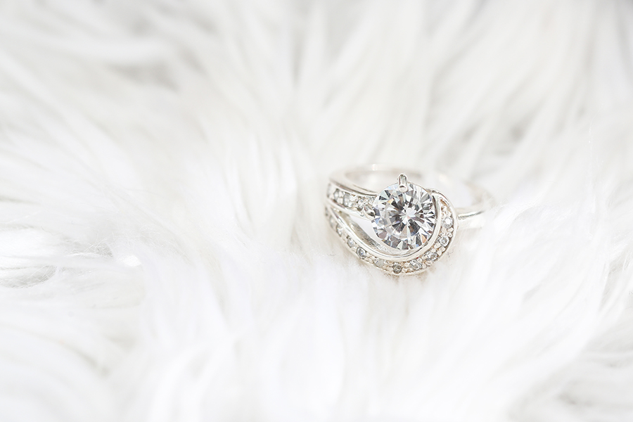 ,  White Diamonds Are Still the Best Way to Say 'I Love You', Saubio Making Wealth