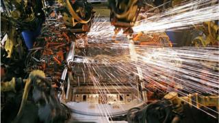 , US jobs growth jumps in November, Saubio Making Wealth