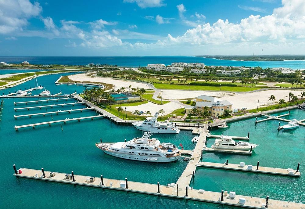 , Greg Norman Talks Golf, Bahamas, and Australia's Wildfires, Saubio Making Wealth