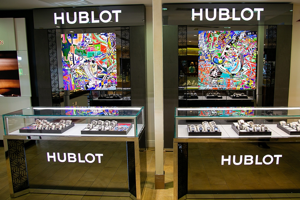 , Little Switzerland Opens New Hublot Shop in Nassau Bay Street Store, Saubio Making Wealth