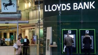 , Lloyds Banking Group online services down, Saubio Making Wealth