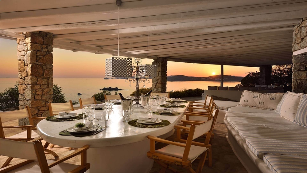 , Luxury Living in Beautiful Mykonos, Saubio Making Wealth