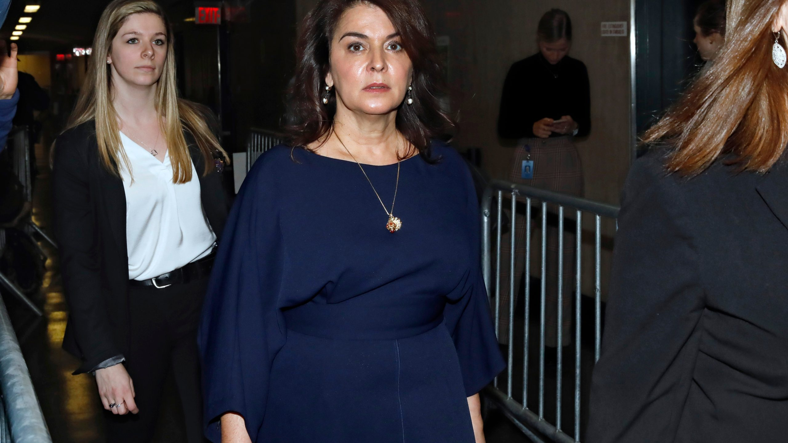 , 'So Disgusting That My Body Started to Shake': Annabella Sciorra Testifies How Weinstein Allegedly Raped Her, Saubio Making Wealth