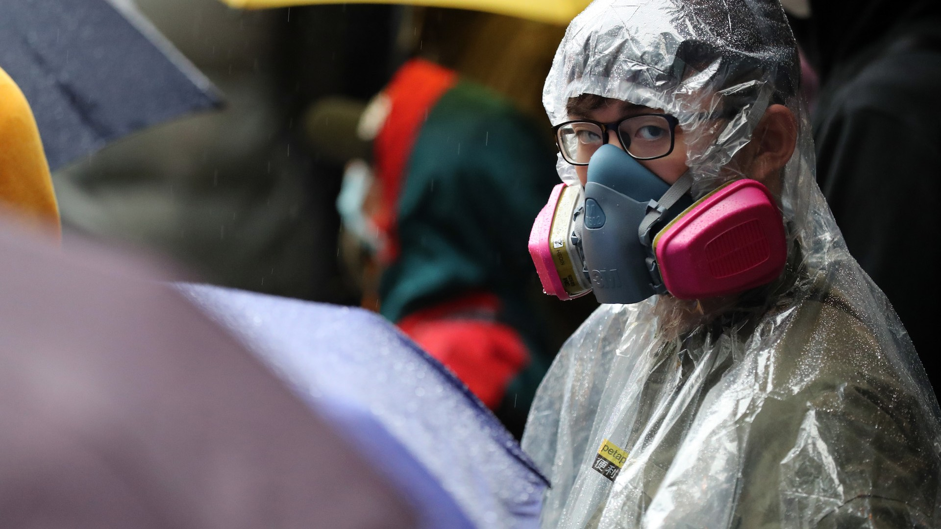 , Arson, Pepper Spray, and Arrests: Hong Kong Protesters Want to Close the Border With China Over Coronavirus, Saubio Making Wealth