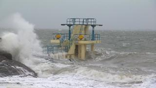 , Storm Ciara: Travel disruption as UK hit by severe gales, Saubio Making Wealth