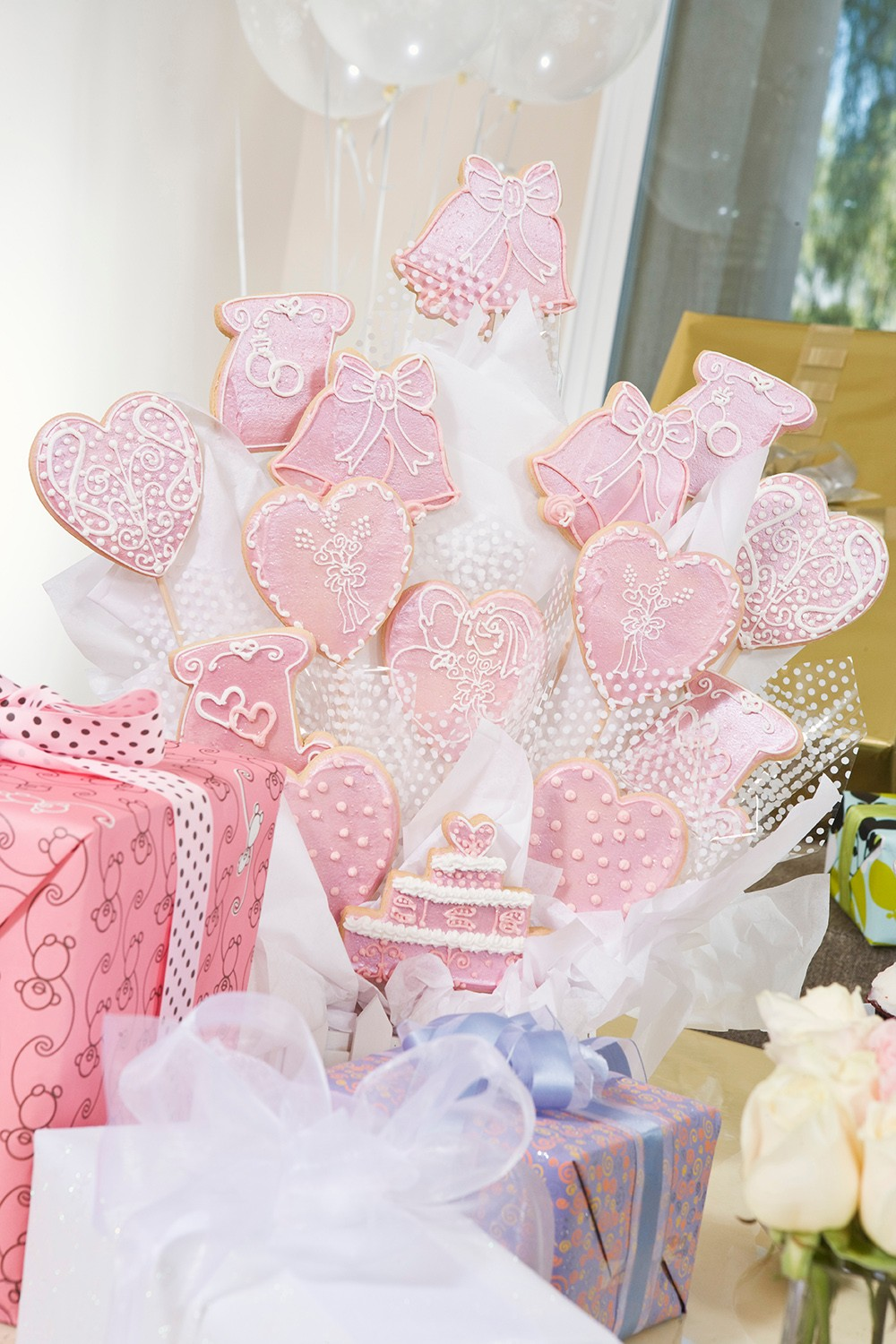 , The Art and Science of Throwing a Perfect Bridal Shower, Saubio Making Wealth