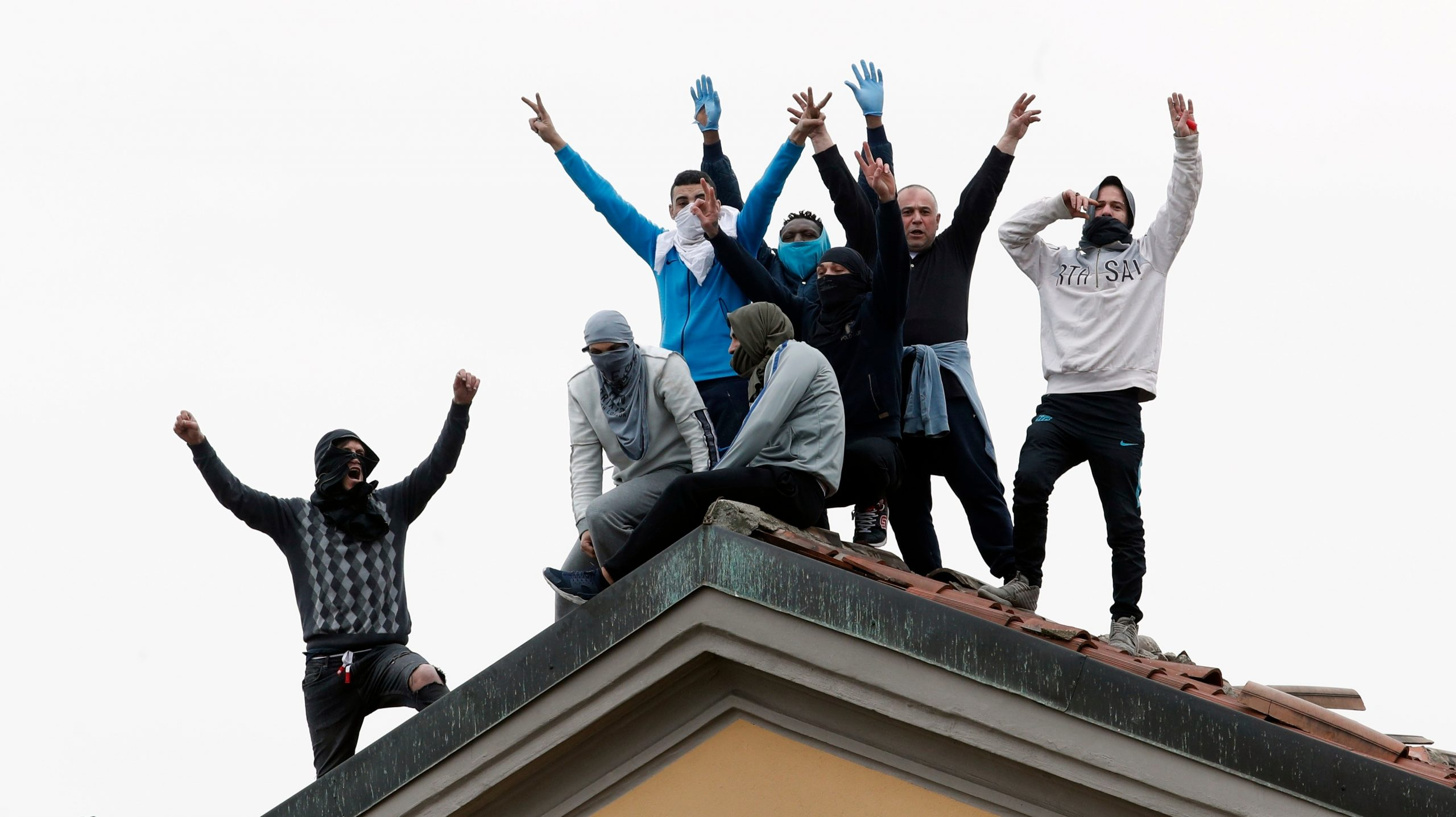 , Italian Inmates Are Looting Methadone and Setting Prisons on Fire in Violent Coronavirus Protests, Saubio Making Wealth