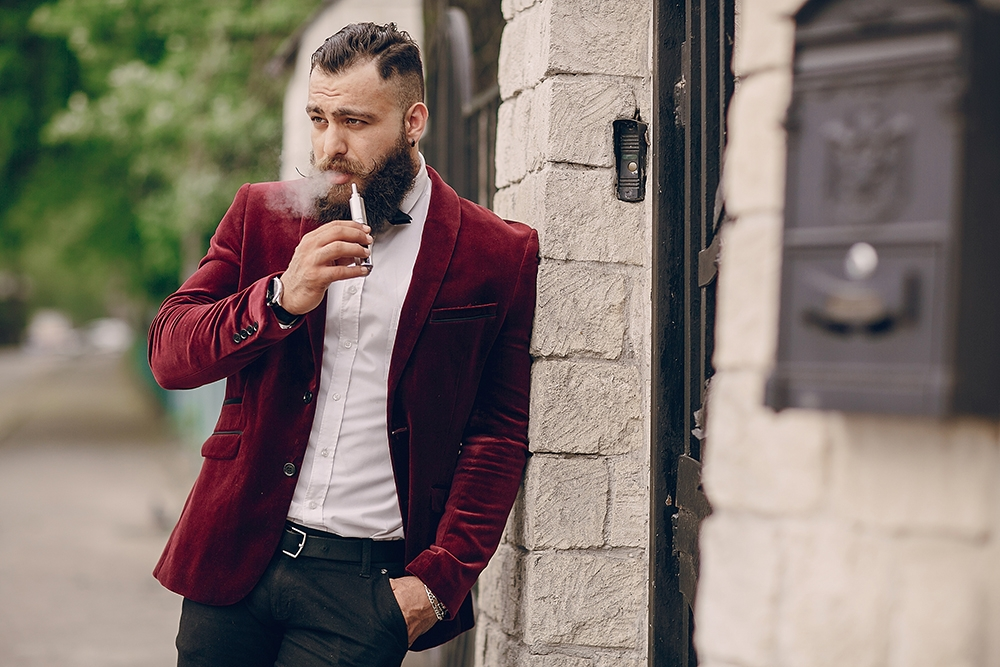 , Vaping and Its Influence on Modern Fashion Trends, Saubio Making Wealth