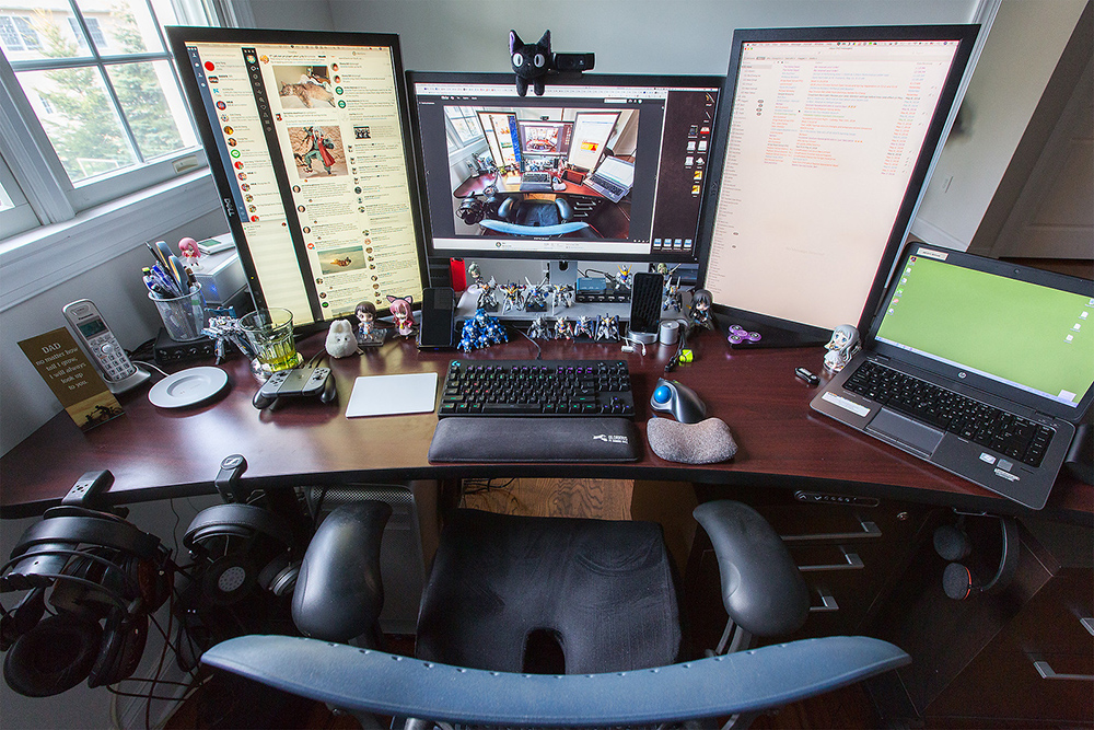 , A Guide To Buying A Dedicated Gaming Desk, Saubio Making Wealth
