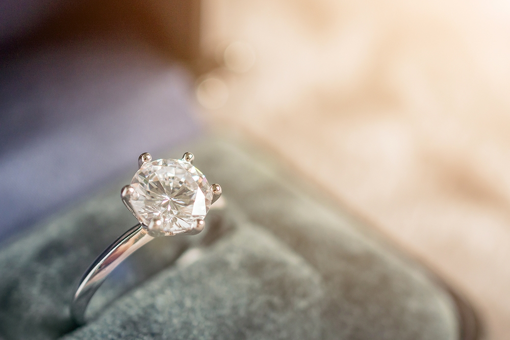 , The Top 10 Tips for Purchasing an Engagement Ring, Saubio Making Wealth