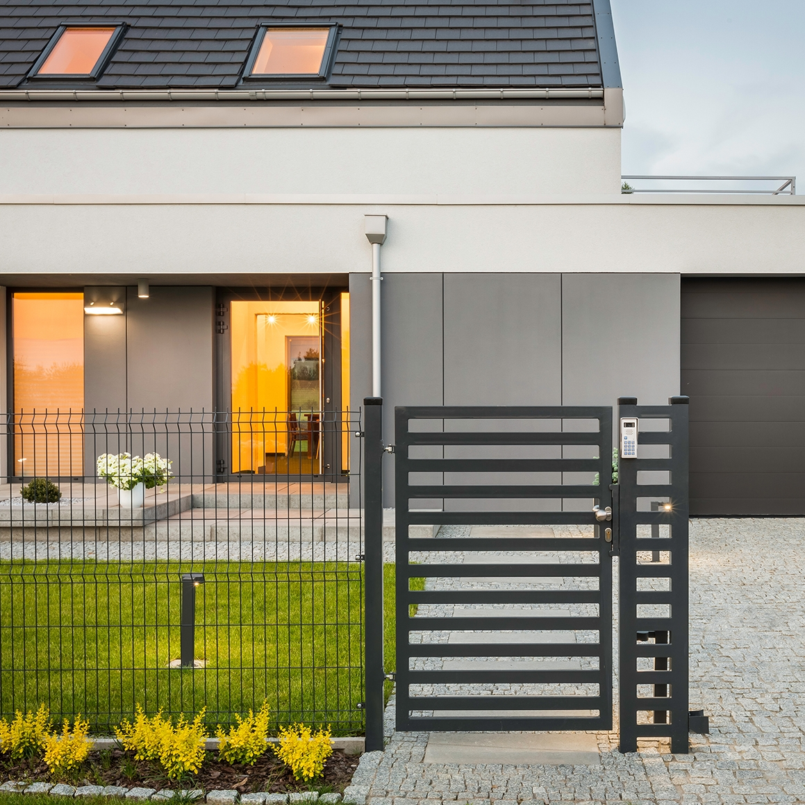 , Why Homeowners Should Invest in a Fence Around Their Property, Saubio Making Wealth