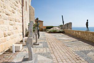 , 3 Cote d'Azur Hotspots For Culture Vultures, Saubio Making Wealth
