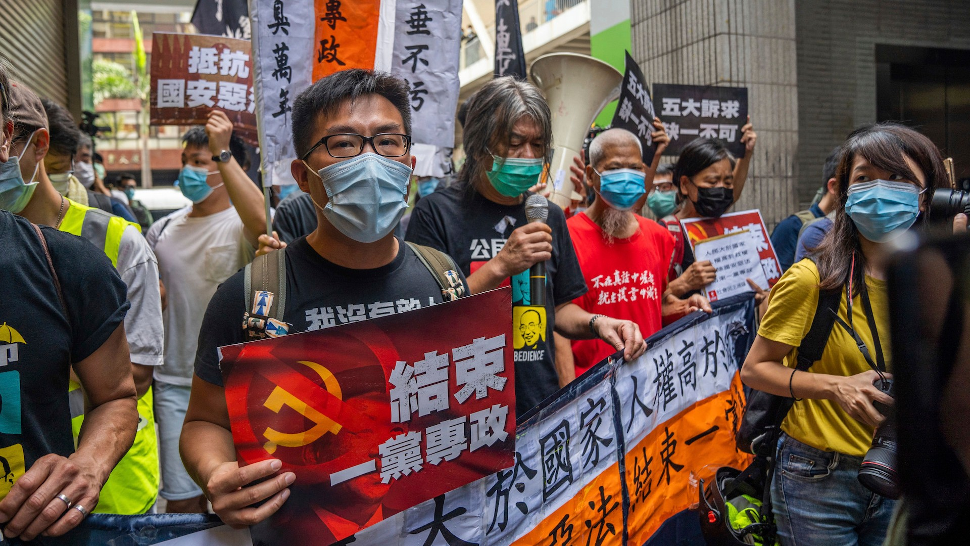 , China's Great Firewall of Censorship Is Already Going Up Around Hong Kong, Saubio Making Wealth