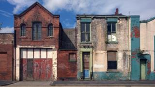 , Virus crisis expected to 'level down' UK economy, Saubio Making Wealth
