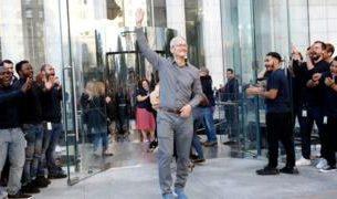 , Apple boss Tim Cook joins the billionaires club, Saubio Making Wealth