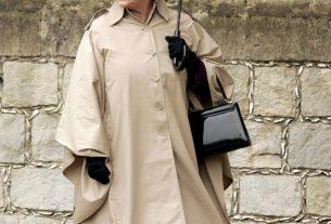 , Ladies Brollies, Queen Elizabeth's Fulton's Birdcage Umbrellas, Saubio Making Wealth