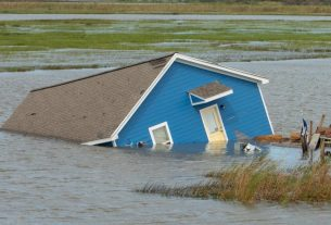 , Photos Show Louisiana in Ruins After Hurricane Laura, Saubio Making Wealth