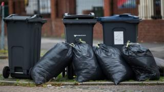 , Scrapping 213 local councils could save £3bn says report, Saubio Making Wealth