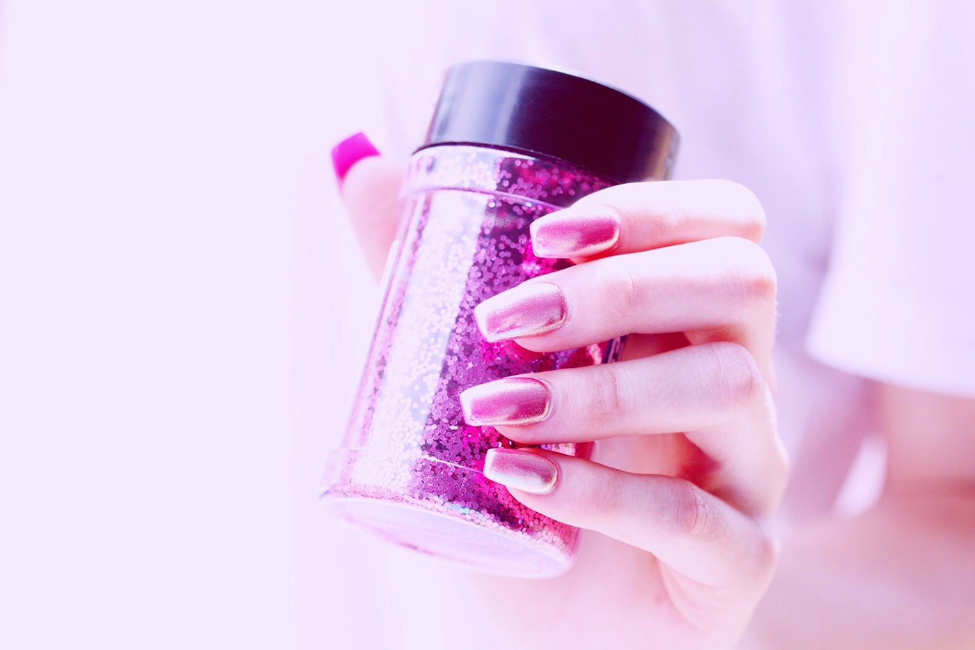 , Useful Tips On How To Keep Nail Polish From Chipping, Saubio Making Wealth