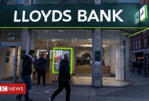 , Covid-19: Lloyds staff to work from home until spring, Saubio Making Wealth