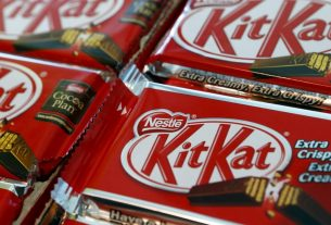, KitKat: Petition delivered to Nestle opposing Fairtrade removal, Saubio Making Wealth