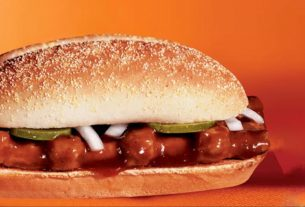 , The McDonald's McRib Sandwich Is Coming (Baby) Back In A Big Way, Saubio Making Wealth
