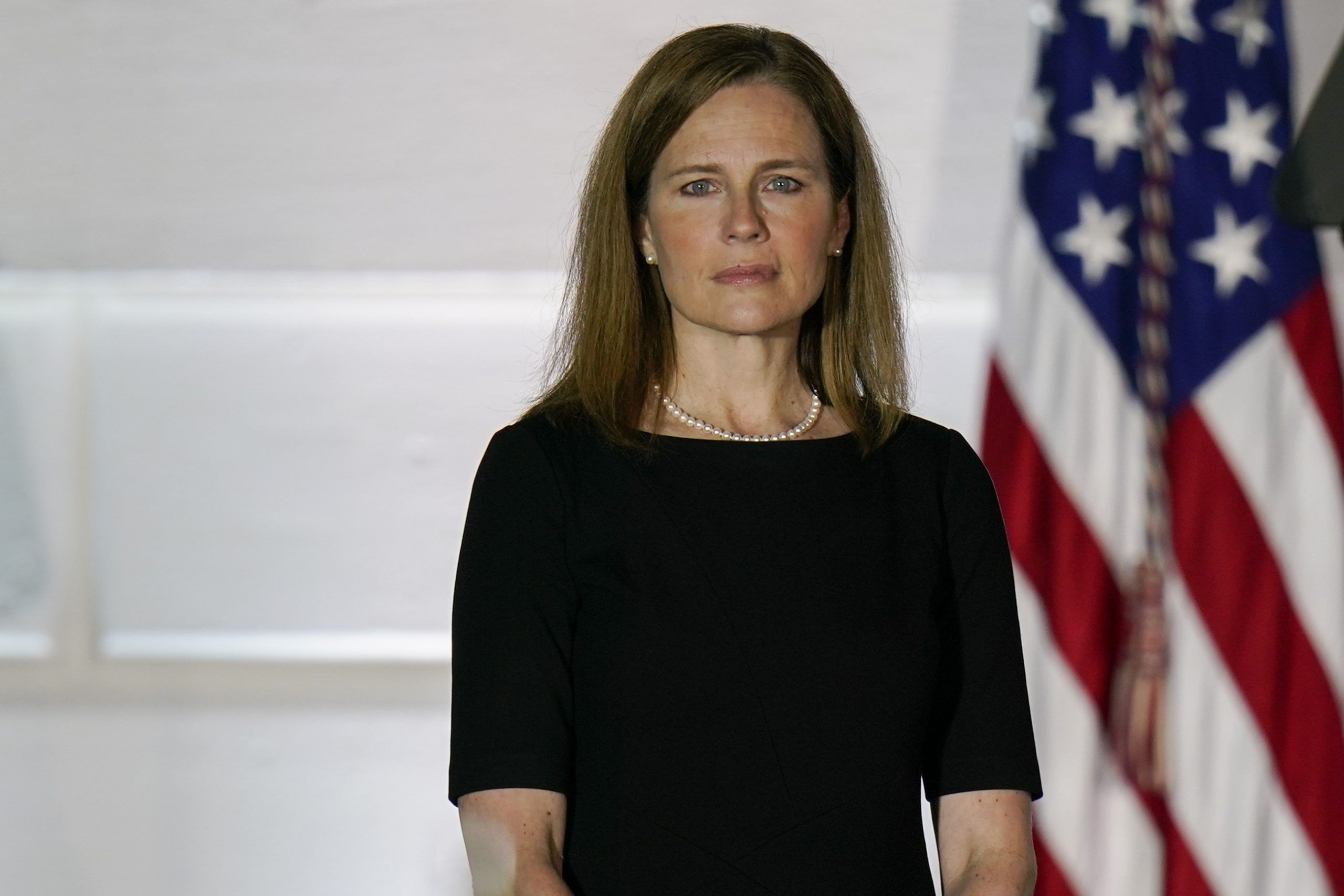 , Amy Coney Barrett Casts Swing Vote to Block New York's Pandemic Restrictions on Religious Services, Saubio Making Wealth