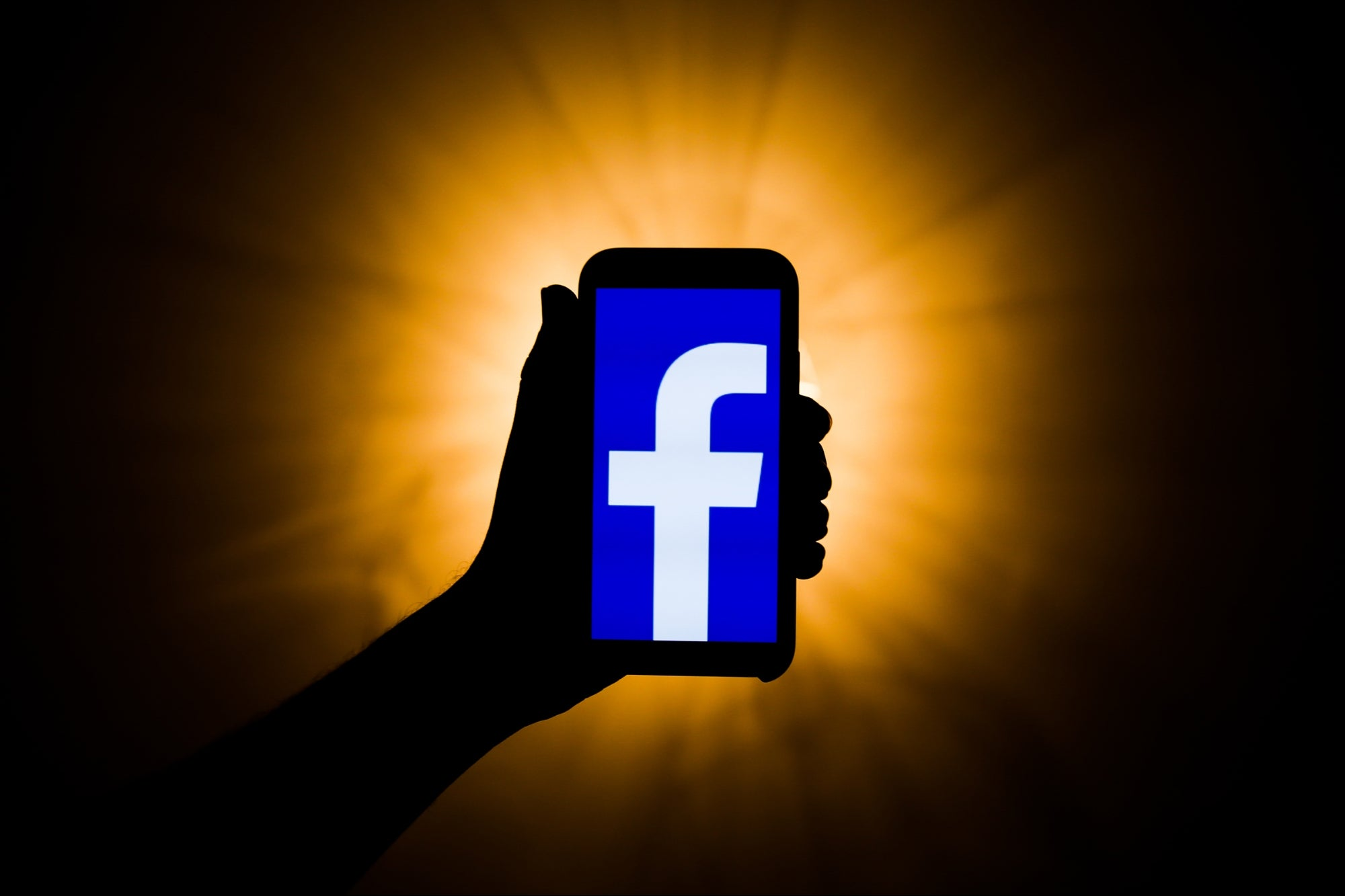 , How to Easily Create a Facebook Video Ad Users Will Actually Watch, Saubio Making Wealth