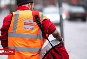 , Royal Mail parcels overtake letters for first time, Saubio Making Wealth