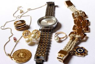 , An Expert's Guide to Buying Used Jewelry, Saubio Making Wealth
