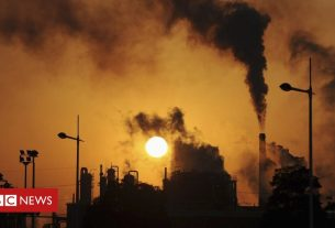 , Climate change: UK aim of 68% emissions cut a 'colossal challenge', Saubio Making Wealth