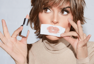 , Gorgeous Actress, Lisa Rinna, and her Newly Launched Beauty Products, Saubio Making Wealth