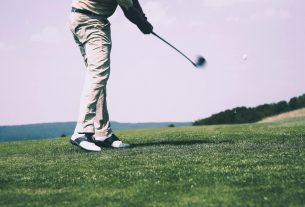 , How Golfers Can Improve Their Game By Using These Gadgets, Saubio Making Wealth