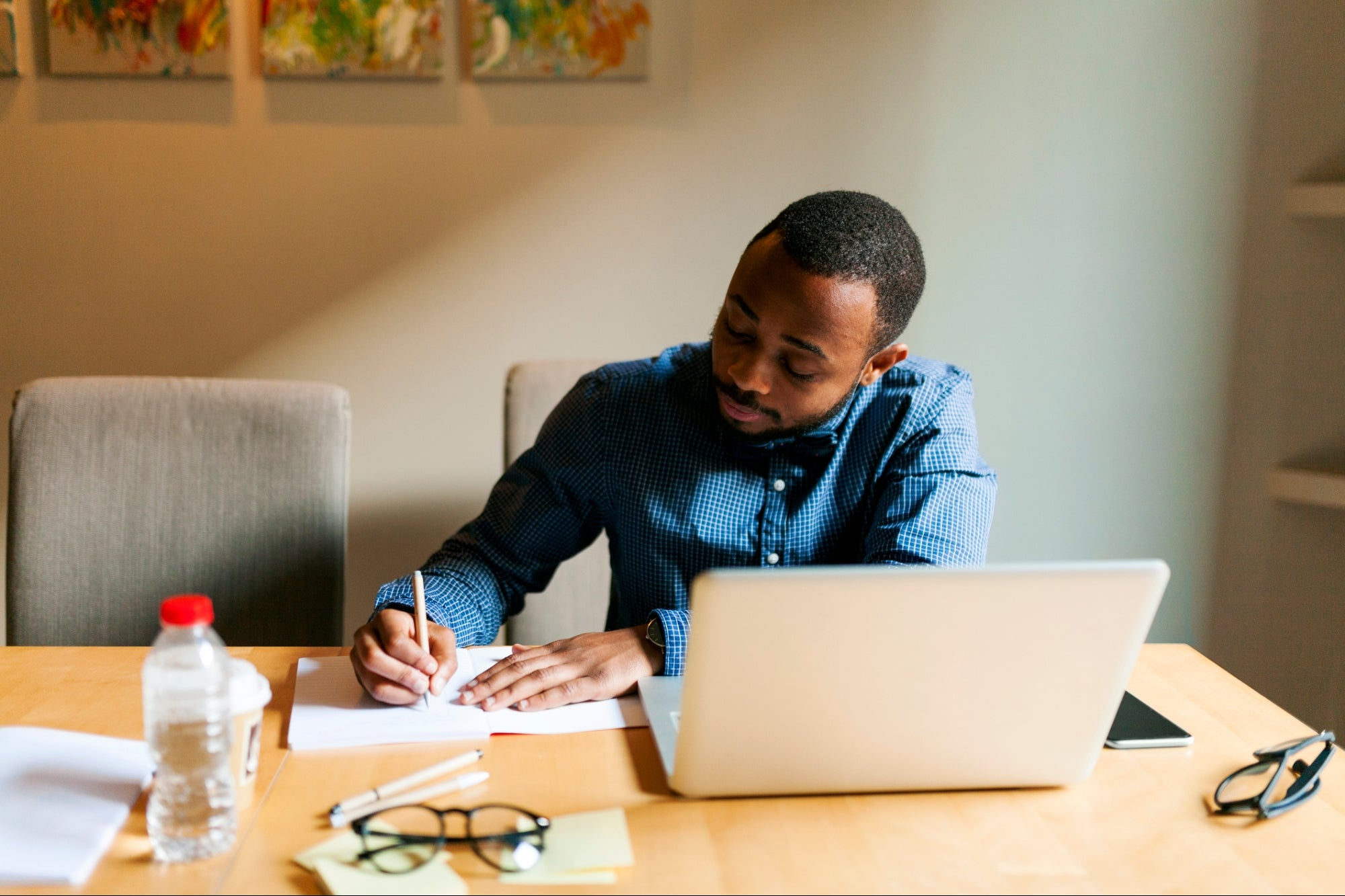 , How to Hire Top-Tier Freelance Writers for your Content Business, Saubio Making Wealth