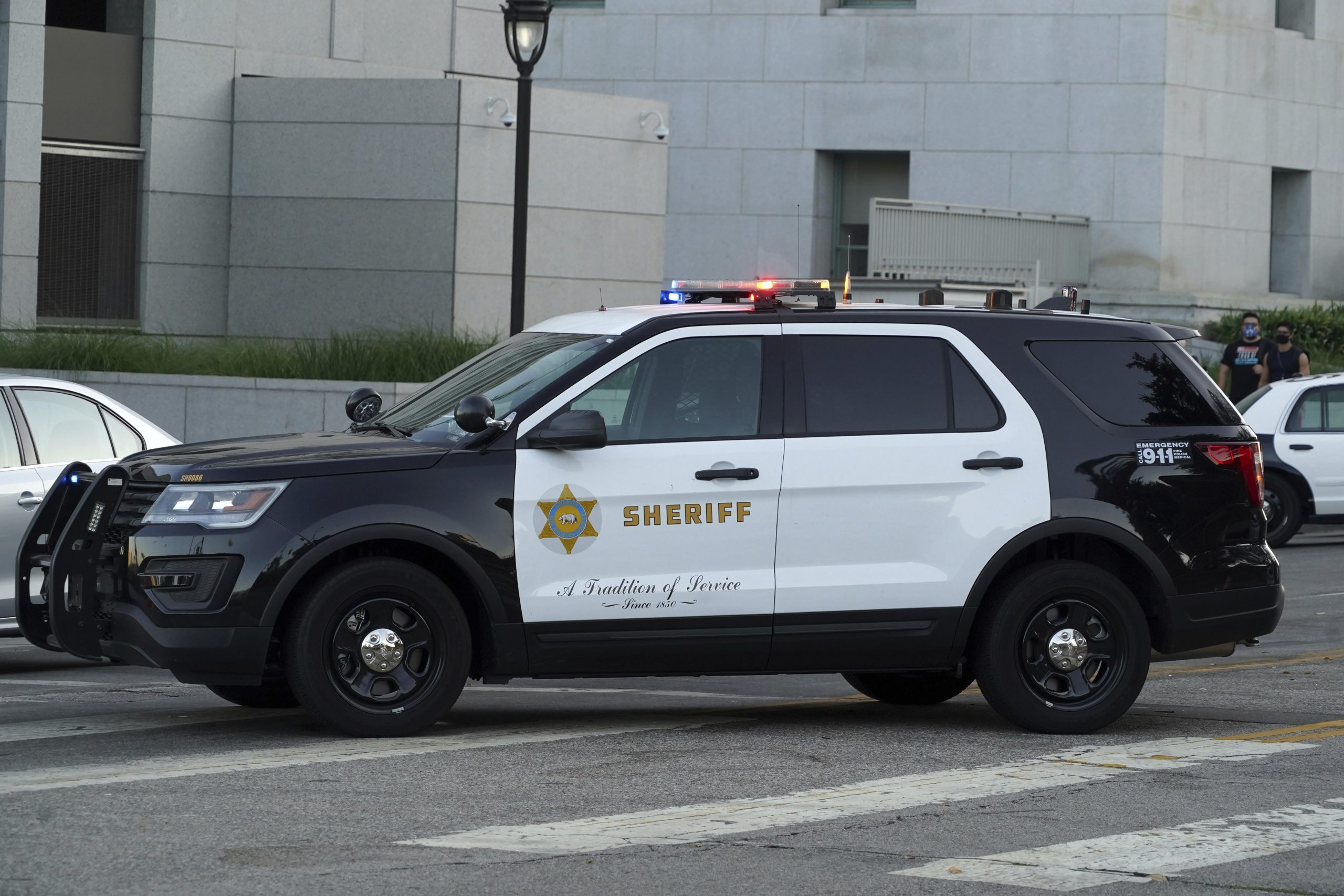 , LA Sheriff's Deputies Tased a Black Man Flagging Down a Cop Car For Help, Saubio Making Wealth