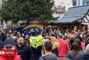 , Nottingham's Christmas market 'temporarily' closes after one day, Saubio Making Wealth
