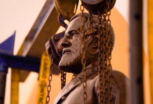 , Robert E. Lee's Statue Was Finally Taken Out of Congress, Saubio Making Wealth