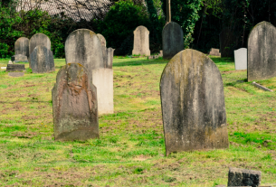 , A 'Whites-Only' Cemetery Is Very Sorry for Denying a Black Man's Burial, Saubio Making Wealth