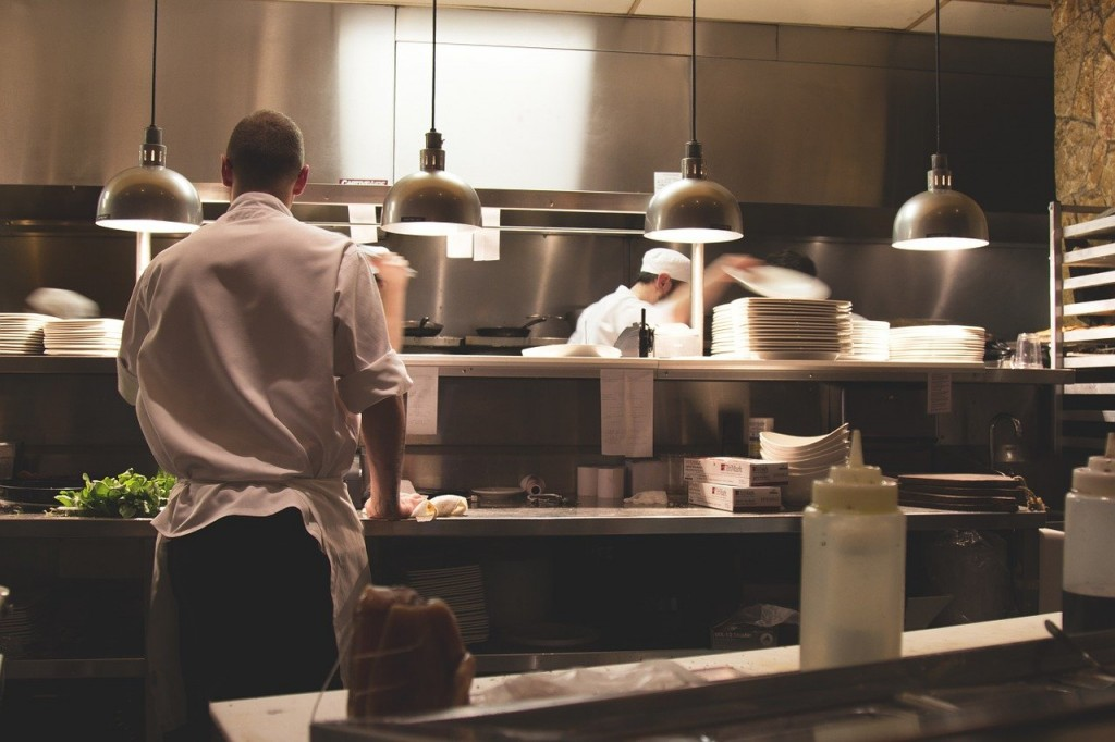 , Behind the Scenes of a Restaurant. Ins and Outs of the Kitchen Work, Saubio Making Wealth