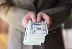 , The Difference Between Payday Loans vs. Credit Cards, Saubio Making Wealth