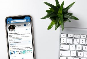 , What should you know about LinkedIn if you sell to other companies?, Saubio Making Wealth