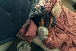 , 4 Benefits of Using a Weighted Blanket for Your Kid's Peaceful Sleep, Saubio Making Wealth