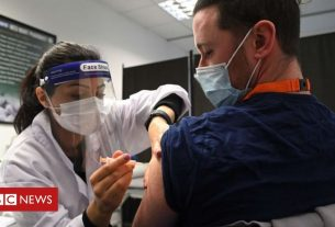 , Coronavirus: 'No jab, no job' policies may be legal for new staff, Saubio Making Wealth