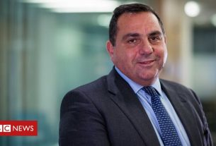 , KPMG boss Bill Michael quits after 'stop moaning' row, Saubio Making Wealth