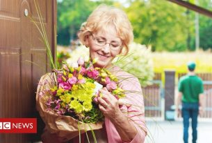 , Hundreds disappointed by Mother's Day bouquets, Saubio Making Wealth