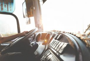, Truck Driving Safety Tips From The Experts, Saubio Making Wealth