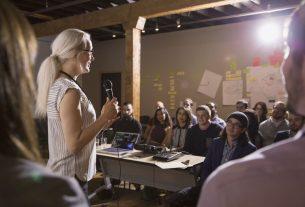 , 7 Effective Delivery Skills for Public Speaking, Saubio Making Wealth