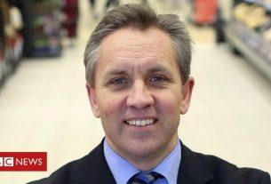 , Sainsbury's ex-boss buys into grocery app market, Saubio Making Wealth