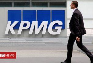 , KPMG's 16,000 UK staff to get more time off work, Saubio Making Wealth